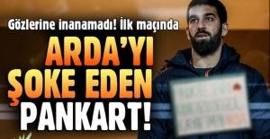 Arda Turan için olay pankart
