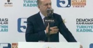 Erdoğan'dan salonu ayağa kaldıran şiir