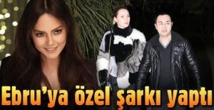 Serdar Ortaç Ebru Gündeş'e özel şarkı yaptı