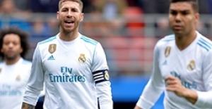 Ramos'un maçta zor anları! Tutamadı ve altına...