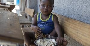 Türkiye'den Mozambik'e uçak dolusu yardım