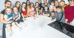 21 çocuklu ailenin yaz tatili çilesi!