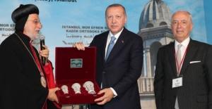 İstanbul Süryani Kadim Vakfından Milli Dayanışma Kampanyası'na destek