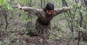 PKK'nın dağdaki balerini! Teröristleri şirin gösterme çabaları bu kez güldürdü...