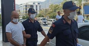 Antalya Alanya'da 2 kadına cinsel istismarda bulunan cinci hoca tutuklandı