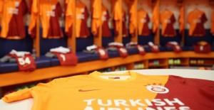 Galatasaray, Victor Nelsson'u resmen açıkladı