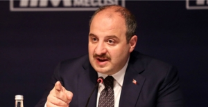 Mustafa Varank'tan Meral Akşener'e: Taşeronluk yaptığın İngiliz sildi sen de o da yok!