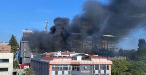 Bahçelievler'de fabrika yangını! Kara dumanlar kapladı!