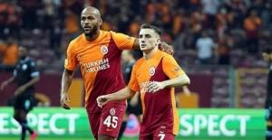 Kerem Aktürkoğlu ve Marcao'dan dostluk mesajı! Lazio maçında tribünleri selamladılar