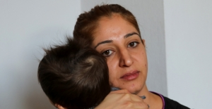 Ölüm tehditleri alan genç kadın boşanmak istiyor