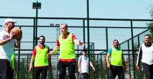 Cumhurbaşkanı Erdoğan basketbol maçı görüntülerini paylaştı