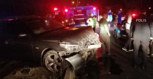 Ters yönden çıkan otomobil zincirleme kazaya sebep oldu: 1 yaralı