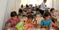 Akçakale'de Suriyeli Öğrencilere Çadir Okul