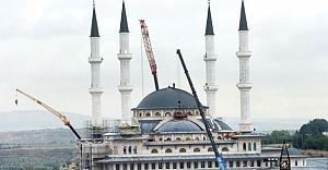 Cumhurbaşkanlığı Sarayı'ndaki cami bugün açılıyor