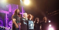 Dream Theater Büyüledi