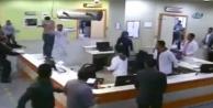 Hasta yakınları doktora saldırdı bakın sonra ne oldu?
