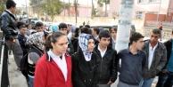 Müdür Yardimcisi Tacizden Tutuklandi, Öğreciler Eylem Yapti