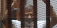 Mursi yargılanmayı reddetti