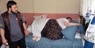 Obez Hasta, Ancak Duvar Yıkılırsa Evden Çikarilabilecek