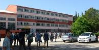 Öğretmen Saldırıya Uğradı, Meslektaşları Derslere Girmedi