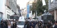 Polis, Tünel'den Galatasaray'a Yürümek İsteyen Gruba Müdahale Etti