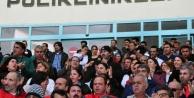 Sağlikçilardan Tam Gün Yasasi'na Protesto
