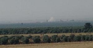 Suriye sınırında yoğun top atışları...