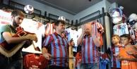 Trabzonsporlular'dan 'bir Forma Da Sen Al' Etkinliği