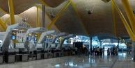 Türkiyeden giden yolcu havalimanında ölüme terk edildi!