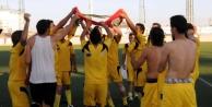 Turnuva Şampiyonu Suriyeliler Bariş Için Dua Etti
