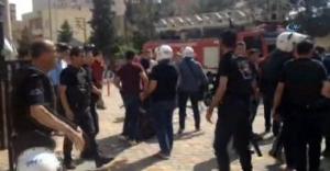 Göndere PKK flaması asan gruba sert müdahale