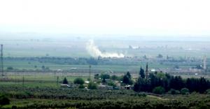 IŞİD, Azez'de bombalı araçla intihar saldırısı düzenledi
