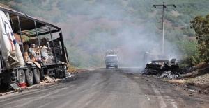 PKK'lıların araç yaktığı Tunceli-Erzincan karayolu ulaşıma açıldı