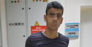 Ev arkadaşını bıçaklayan genç tutuklandı