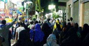 Mısır'da halk yeniden ayaklandı!