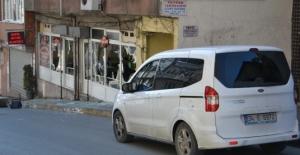 Gaziosmanpaşa'da kahvehaneye silahlı saldırı