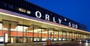 Paris Orly Havalimanı'nda silah sesleri!