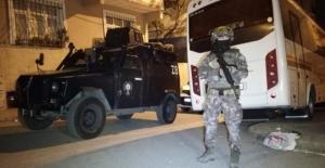 İstanbul'da özel tim destekli şafak operasyonu!