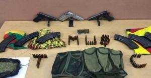 Malazgirt'te terör operasyonu: 12 gözaltı, bir örgüt üyesi yakalandı