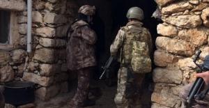 Öldürülen 7 teröristten 3'ü sözde bölge sorumlusu