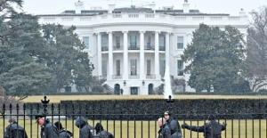 Trump'tan yeni yasak Beyaz Saray çalışanları isyanda