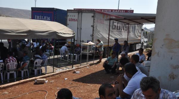 Tır Şoförlerinden Cilvegözü Sınır Kapısı'nda Çadirli Eylem