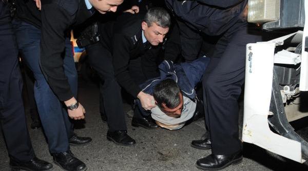 Tir Şoförünün Polisten Kaçişi Film Sahnelerini Aratmadi
