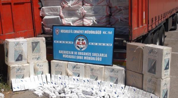 Tır'da 219 Bin Paket Kaçak Sigara Ele Geçirildi