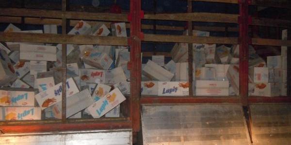 Tir'Da 40 Bin Paket Kaçak Sigara
