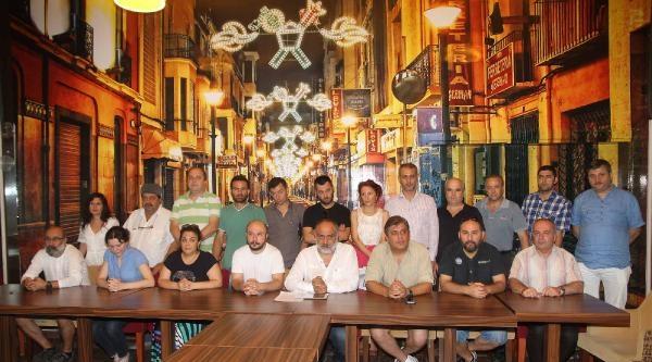 Tiyatro Sanatçılarından İsrail Protestosu