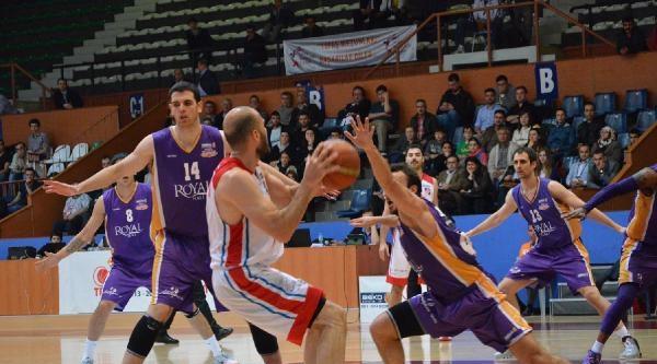 Tofaş-royal Halı Gaziantep Basket Maçı Fotoğrafları