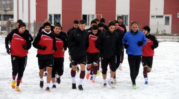 Tokatspor Galatasaray'i Istiyor