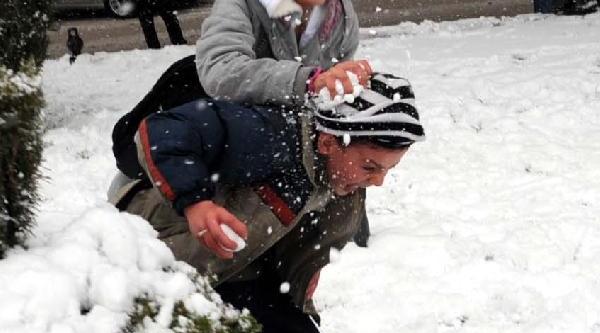 Tokat'ta 3 Ilçede Okullara Kar Tatili