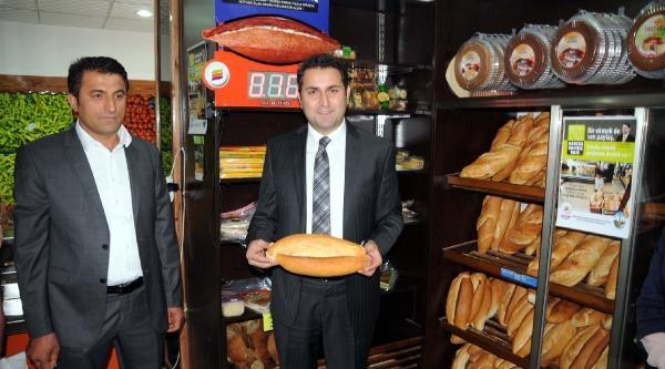 Tokat'ta Belediye  'askıda Ekmek' Projesi Başlattı